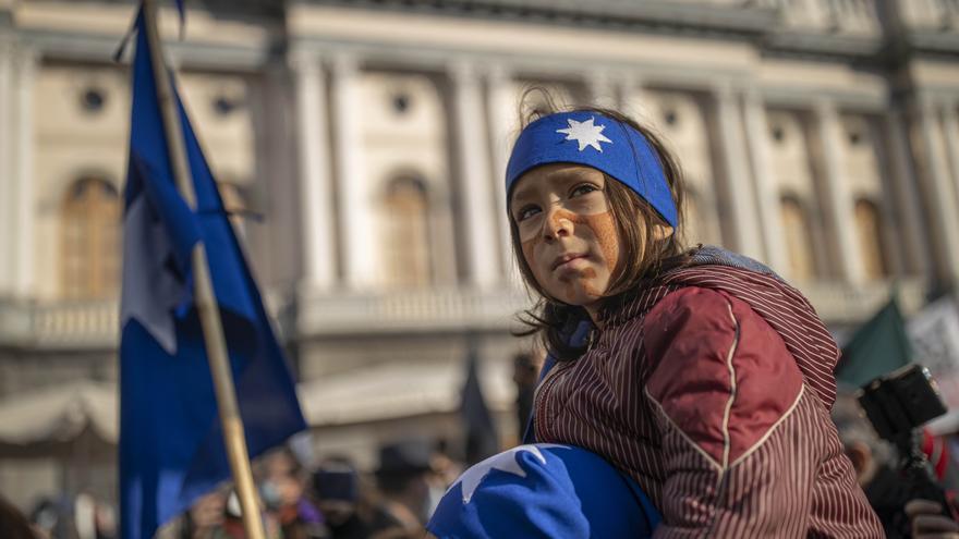 Chile elige a una indígena mapuche para liderar la redacción de la nueva Constitución