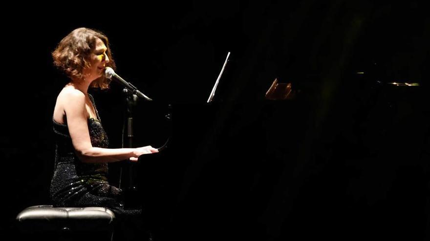 Dulce Pontes celebra 30 años de música