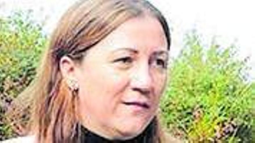 La alcaldesa de Boimorto pide la baja del PP y sigue en el cargo tras su polémica vacunación