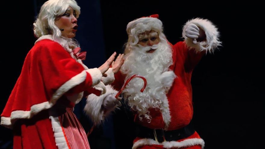 Papá Noel esquiva a la covid y llega de Laponia a Murcia