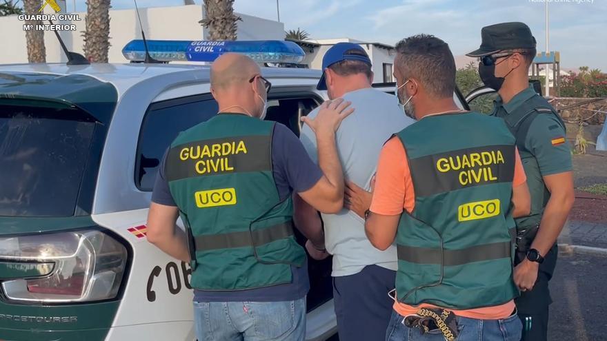 La Guardia Civil detiene en Lanzarote a un miembro de una organización criminal huido de la justicia británica
