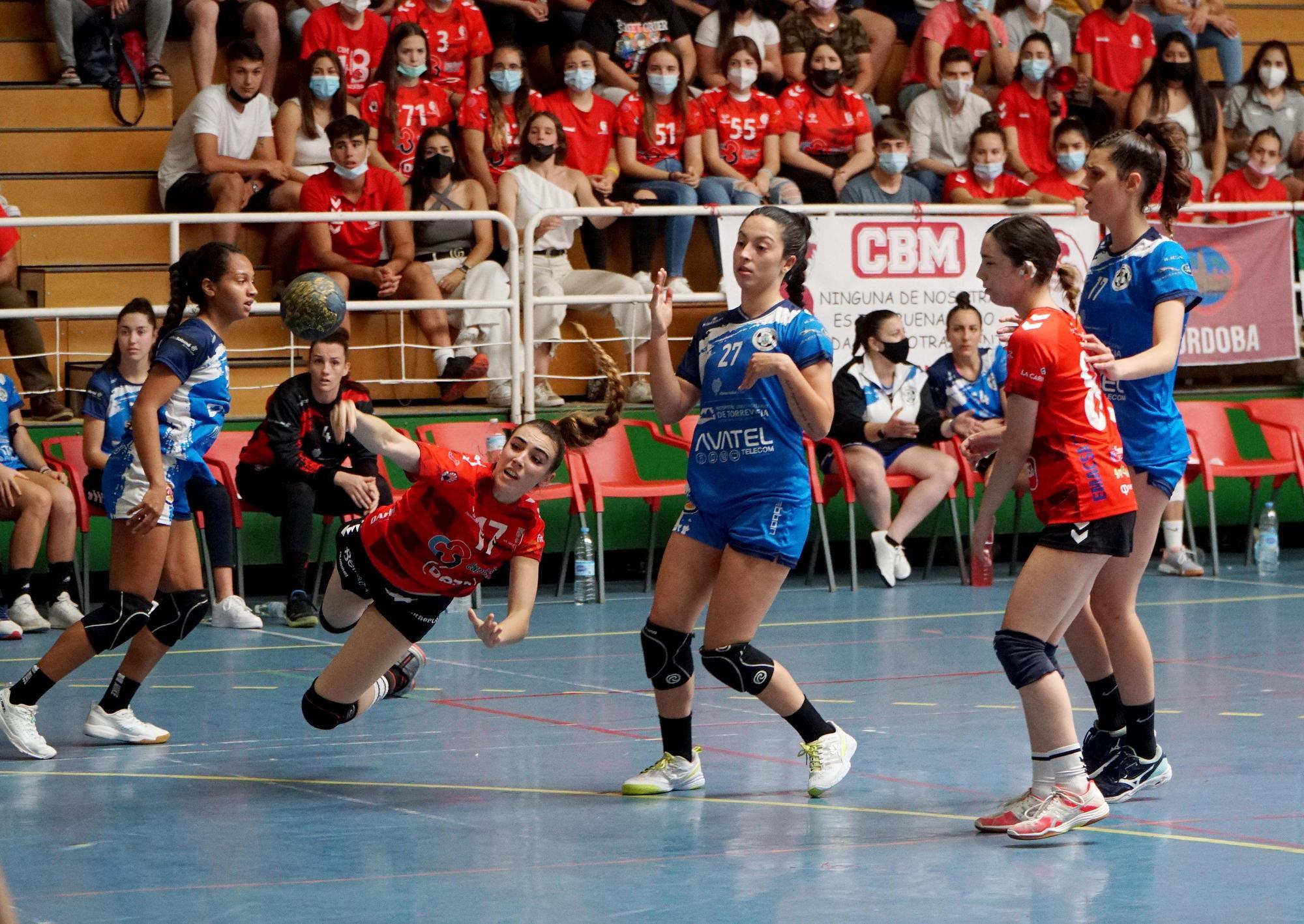 El Deza Córdoba BM da el salto a la Plata femenina de balonmano