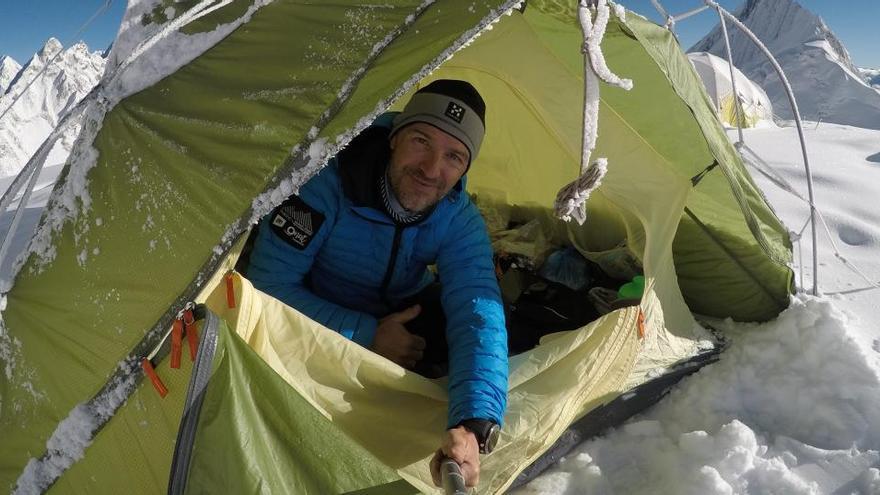 Trasladan el cuerpo del montañero español Sergi Mingote desde el K2