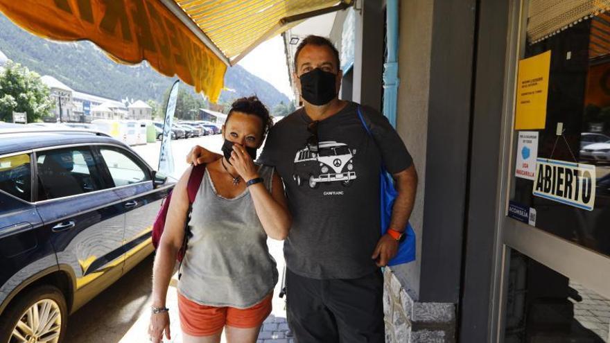"""El testimonio de los afectados: """"Hemos subido y da pena ver Candanchú"""""""