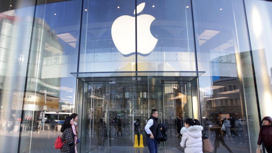 La caiguda de vendes d'Apple genera preocupació als mercats per l'estat de l'economia global