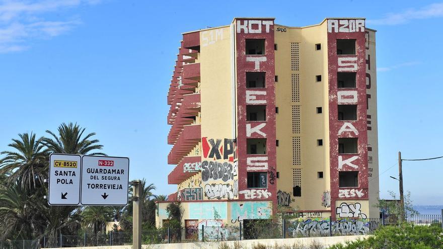 El hotel Rocas Blancas en los años 1998, 2014 y 2019