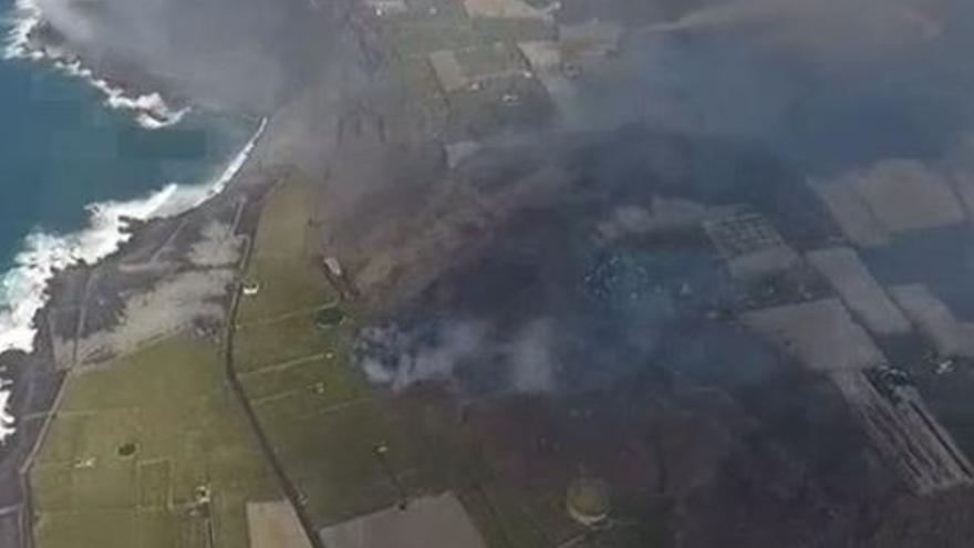 La lava ha arrasado ya 90 hectáreas de plataneras, con un valor de cerca de 40 millones