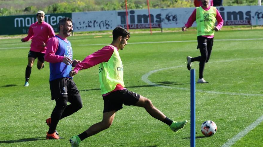 Diego Domínguez derriba la puerta del primer equipo del Córdoba CF
