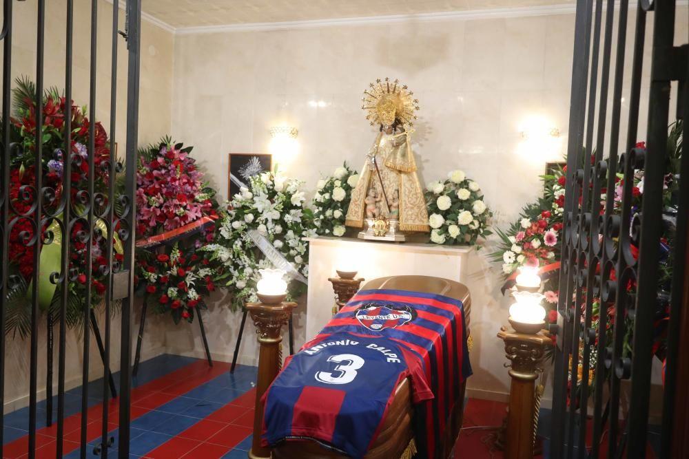 Imágenes capilla ardiente Antonio Calpe