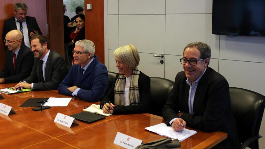 Calvet vol reobrir la negociació del traspàs de Rodalies amb el Ministeri de Foment