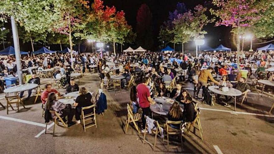 La fira de vins i caves Vimart de Martorell aplega unes 2.000 persones en la seva desena edició