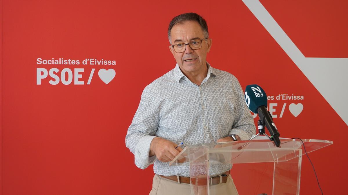 El secretario general de la FSE-PSOE, Josep Marí Ribas, durante su rueda de prensa de ayer.