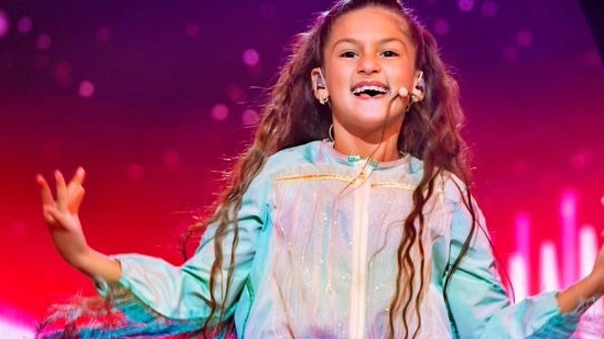 """La representante de Francia, Valentina, interpretando """"J'imagine"""", el tema con el que ha ganado el certamen infantil.   EUROPA PRESS"""