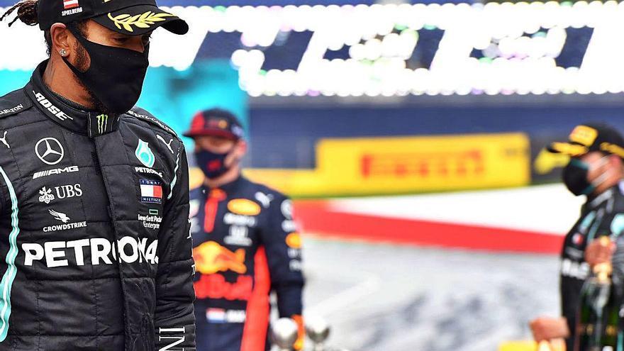 Hamilton continua liderant el clar domini de Mercedes