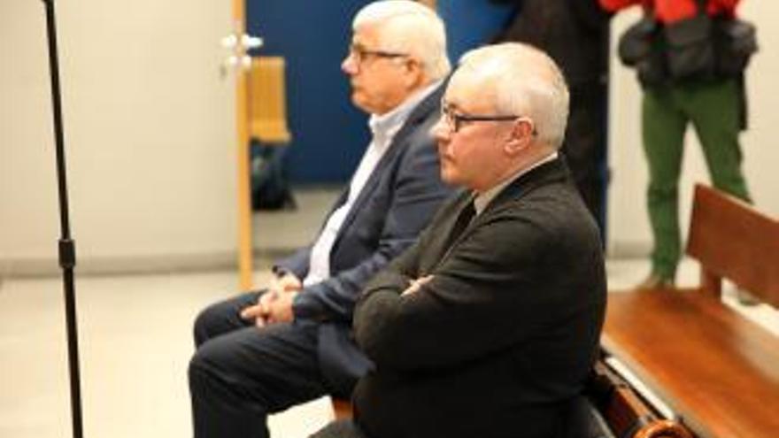 Cinco años y tres meses de cárcel para un alto funcionario del Concello de Vigo por enchufar a una cuñada de Silva