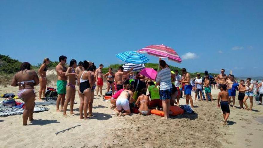 Unterströmungen: Urlauber stirbt nach Rettungsaktion an Playa de Muro