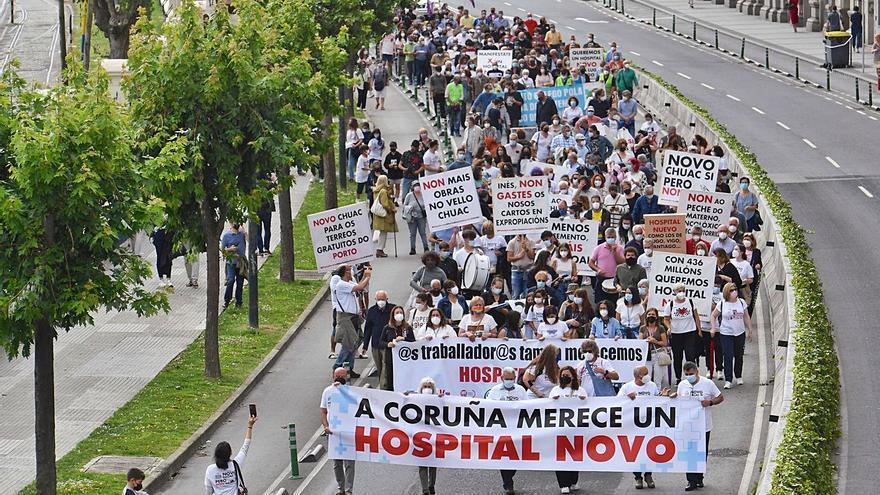 Los afectados por el nuevo hospital seguirán sus protestas a pesar del avance del proyecto