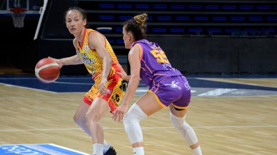L'Spar Girona sentencia els quarts de final en el partit d'anada (45-79)