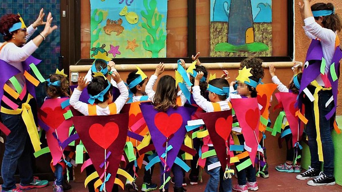 La Escuela Unitaria de Bajamar, hace unos años. | | E.D.