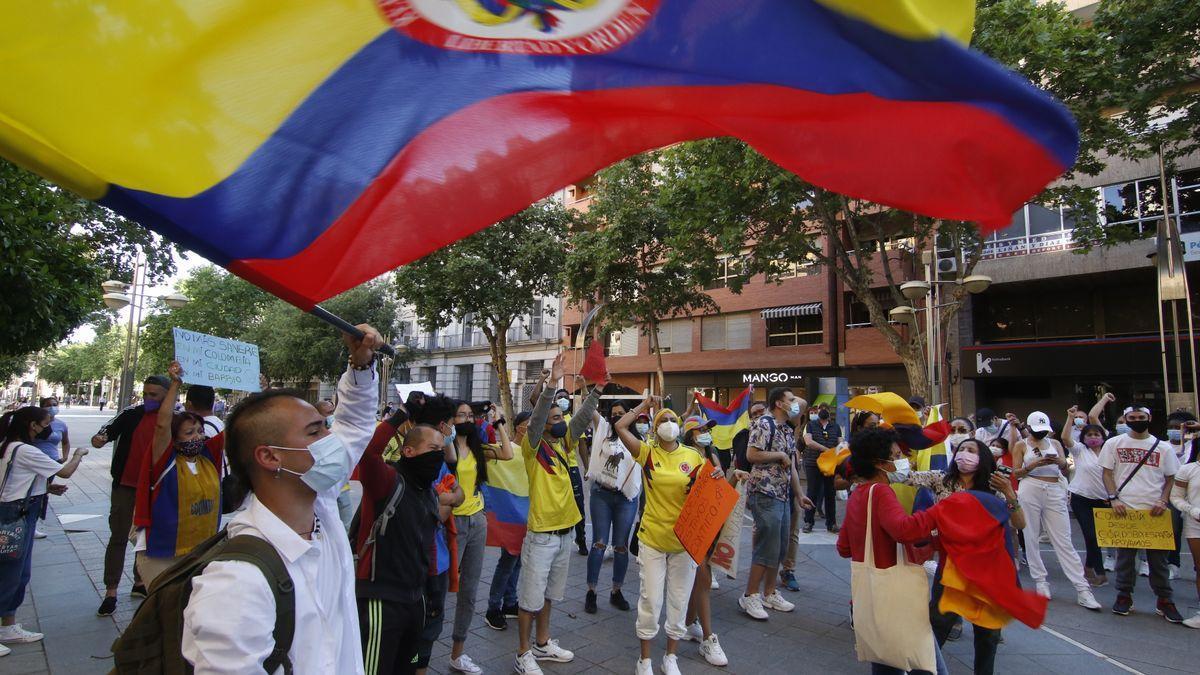 Una de las concentraciones para pedir paz en Colombia, en el Bulevar.