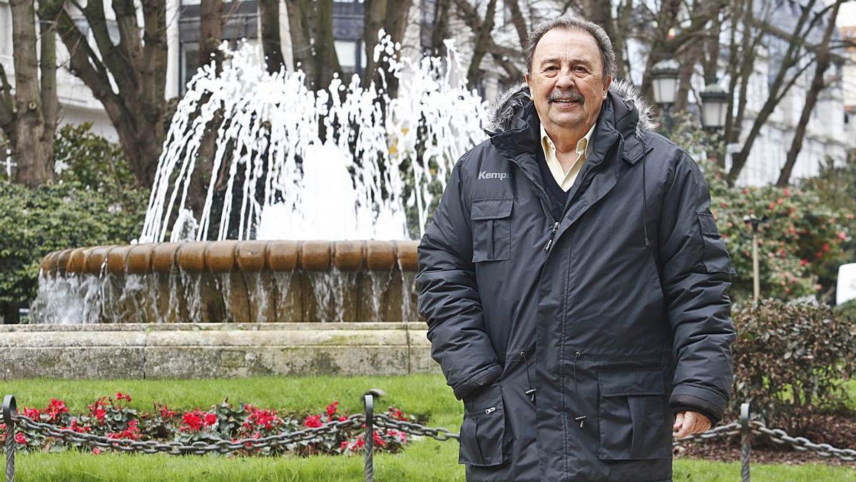 Juan de Dios Román, en una de sus últimas visitas a Vigo.    // ALBA VILLAR