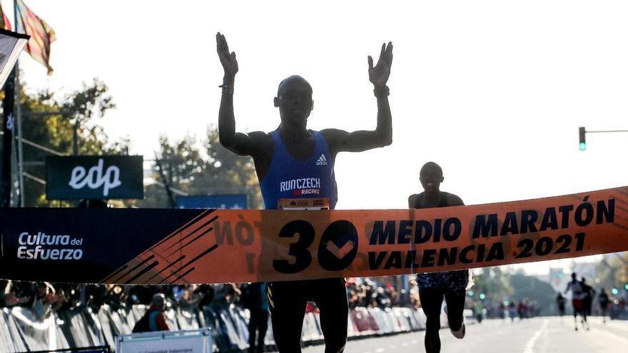 Abel Kipchumba logra en València la mejor marca mundial del año
