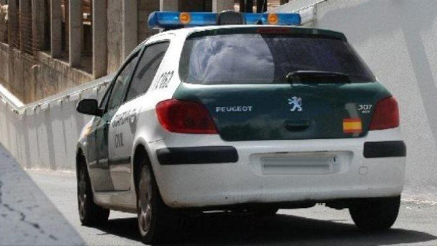 Hallan el cadáver de un joven junto al coche que cayó al mar en Fuerteventura