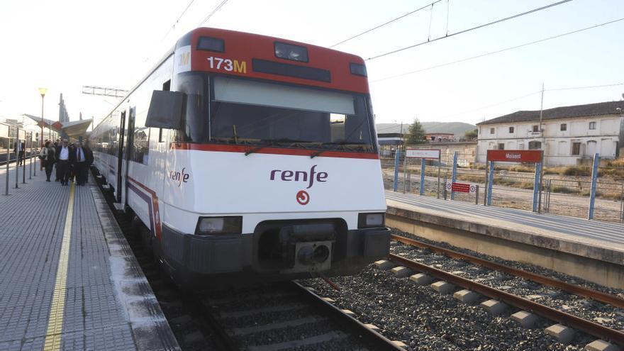 Competencia multa a fabricantes de trenes en plena contratación de Renfe