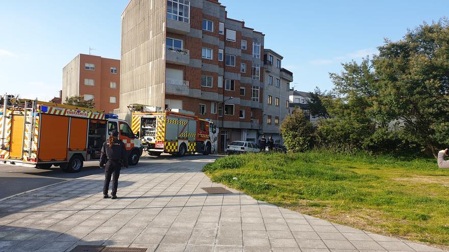 Una violenta explosión de gas se salda con dos heridos en Vilagarcía