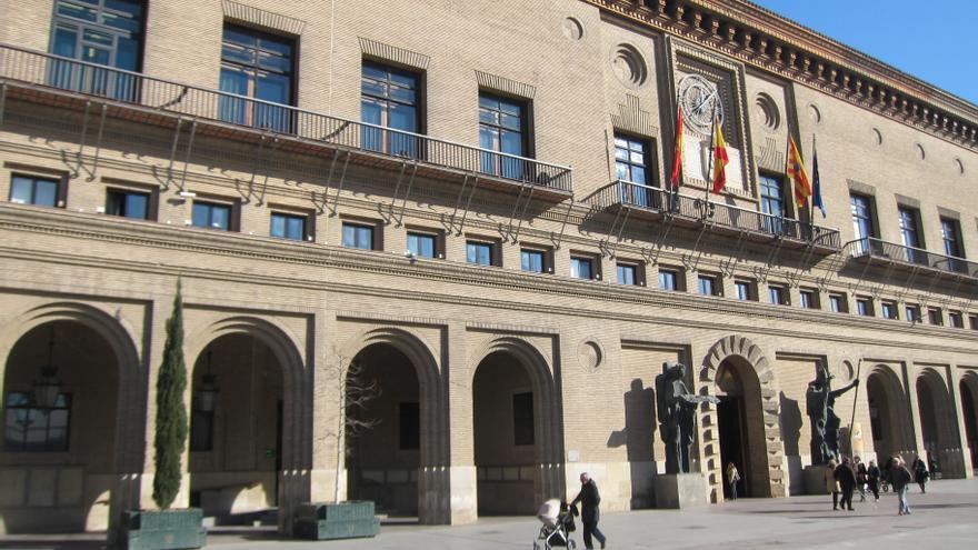 El Ayuntamiento de Zaragoza hará efectiva la subida salarial del 0,9% en la nómina de junio