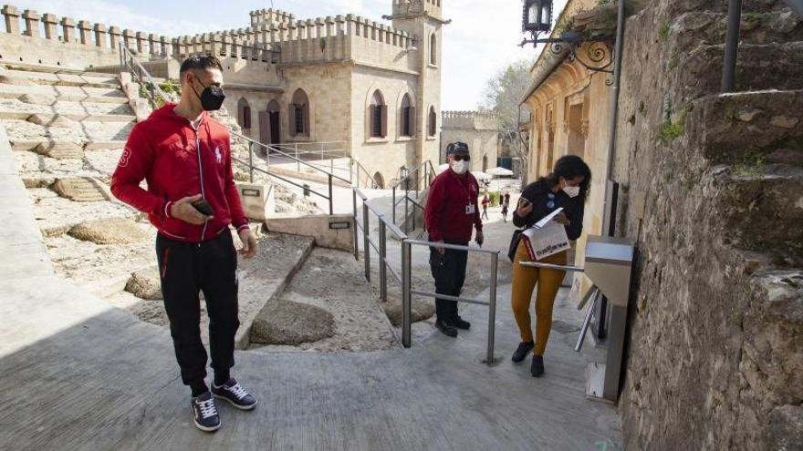 El Castell de Xàtiva recibe más de 3.600 visitantes durante la Fira