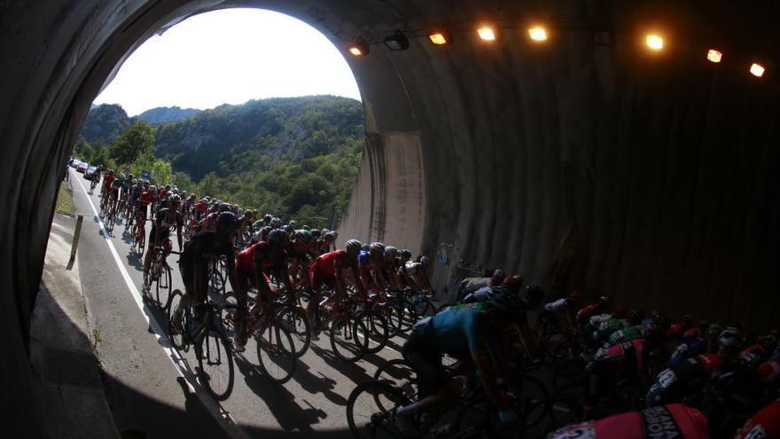 La decimonovena etapa de la Vuelta, en imágenes