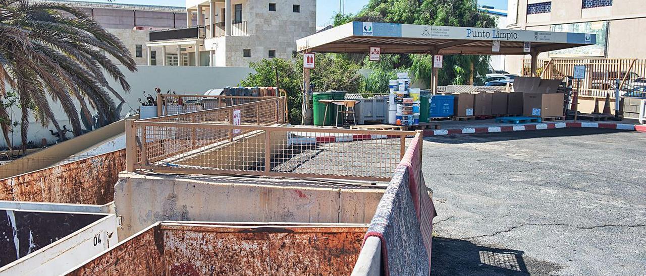 Instalaciones de un Punto Limpio del Cabildo de Gran Canaria en el municipio de Telde. | | LP/DLP