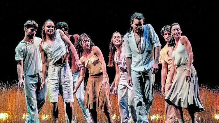 La compañía Acosta Danza trae  su 'Evolution' hasta el Auditorio de Tenerife
