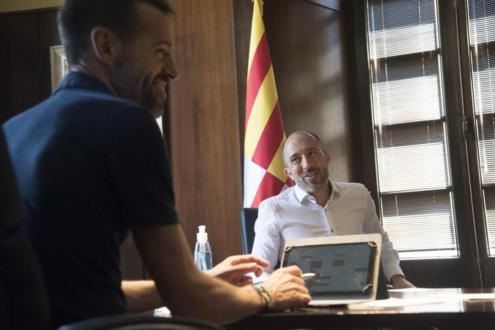 El primer dia de Marc Aloy com a alcalde de Manresa, en imatges