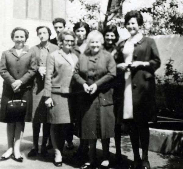 Las Damas Apostólicas, Teo y 'la Papeles'
