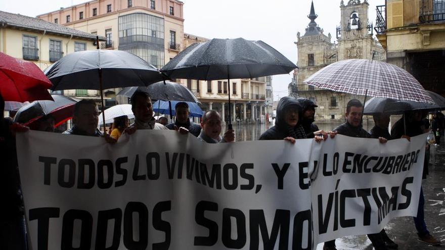 """Exseminaristas piden en Astorga """"tolerancia cero"""" contra la pederastia en la Iglesia"""
