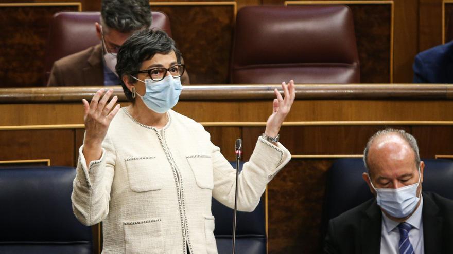 González Laya culpa a los mensajes de Ayuso de que Reino Unido no considere a España destino seguro
