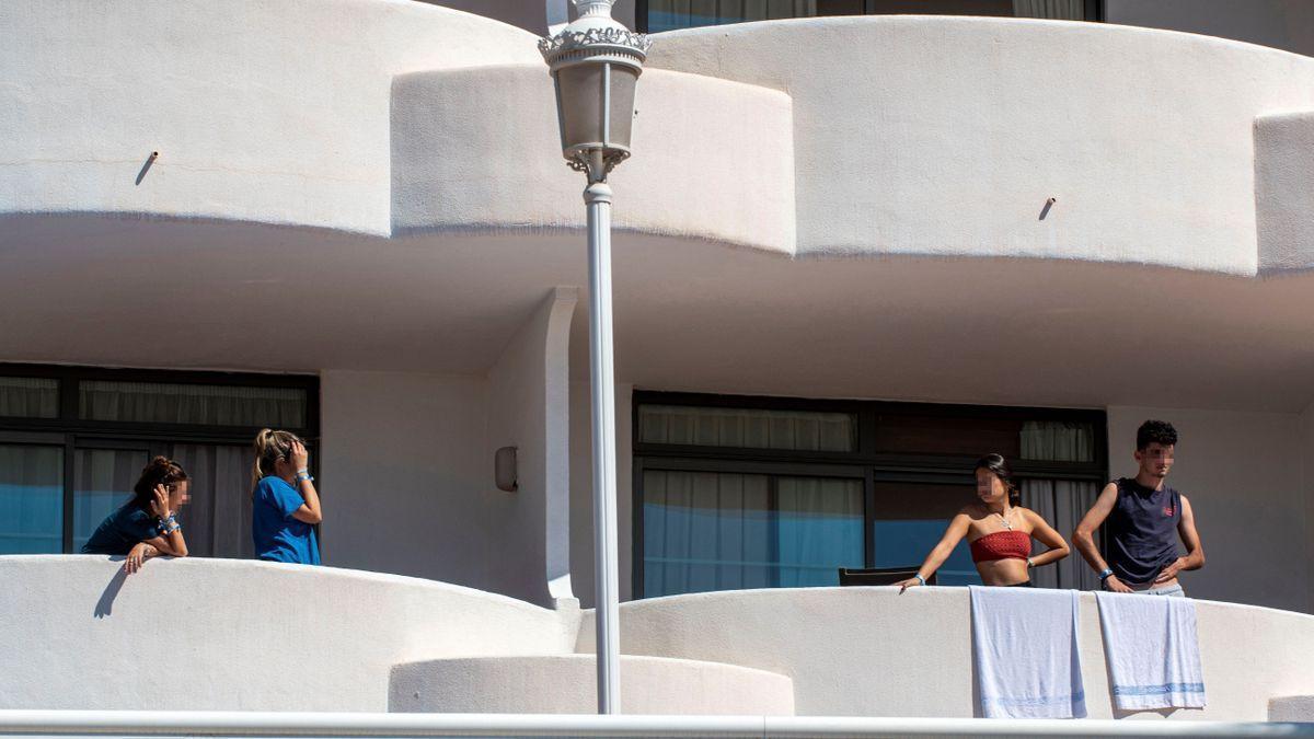 Alumnos confinados en un hotel de Mallorca.