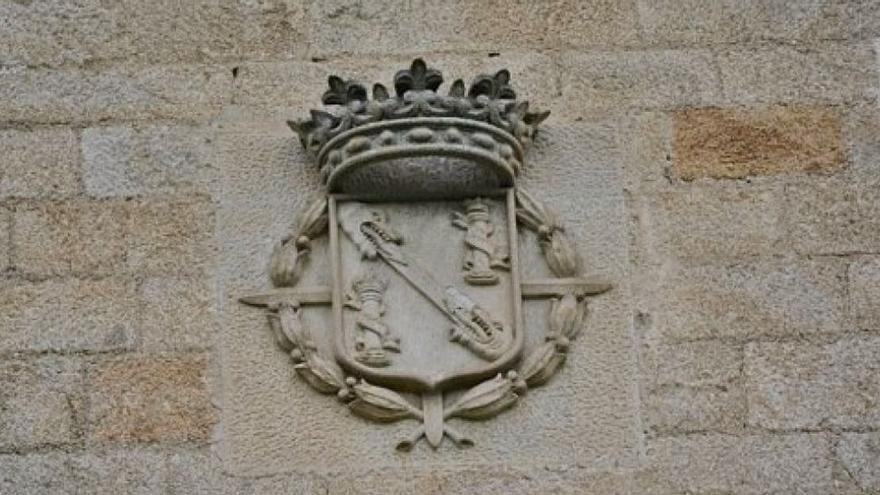 Los Franco defienden que tienen derecho a llevarse el sepulcro que mandó labrar Pardo Bazán