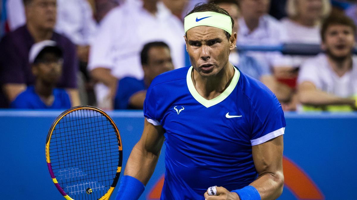 Rafael Nadal durante un partido de tenis.