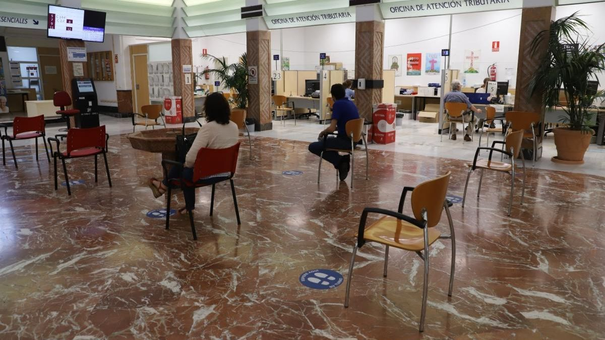 Desescalada en Córdoba: la asistencia presencial llega a la atención ciudadana