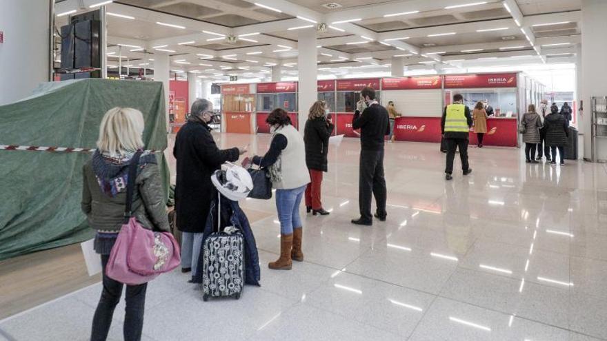Son Sant Joan espera reabrir hoy los vuelos con Madrid de forma paulatina