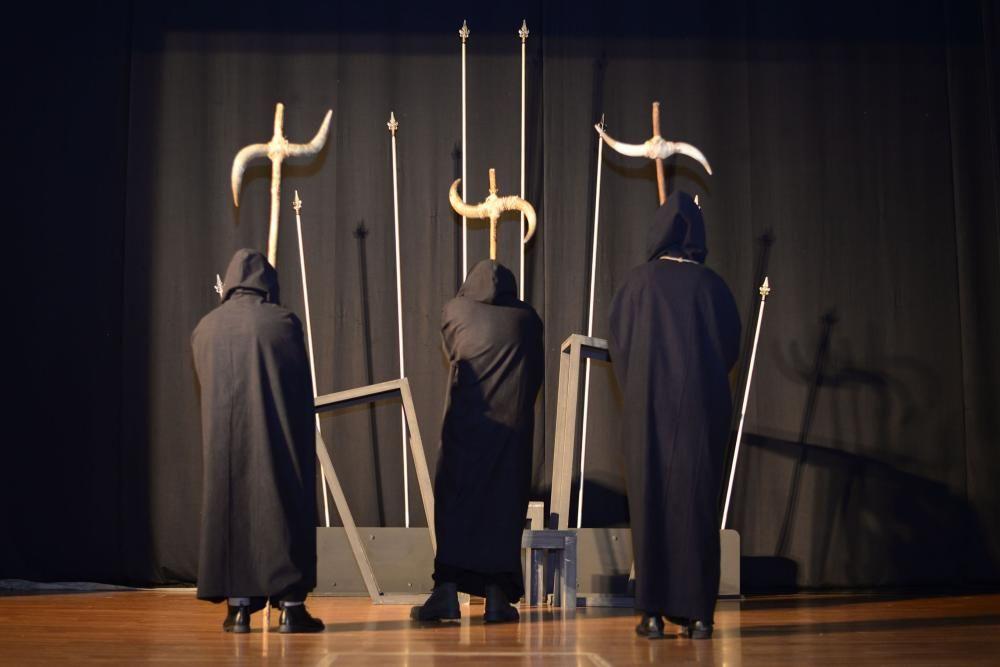 Estudo Momento ensaia ''Macbeth'' no Rosalía