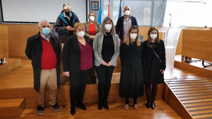 La alcaldesa se queda con Mobilidade, entrega Cultura a Aurora Prieto y Policía a Sagrario Martínez