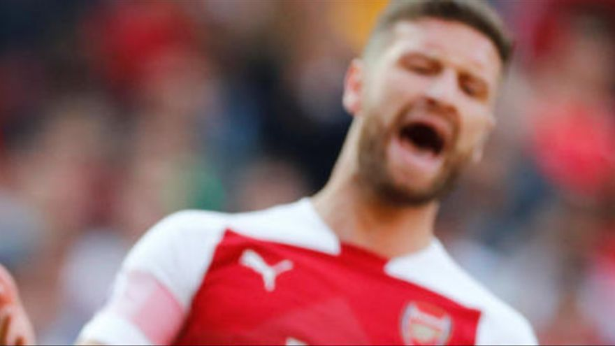 El Arsenal pone a Mustafi en el mercado