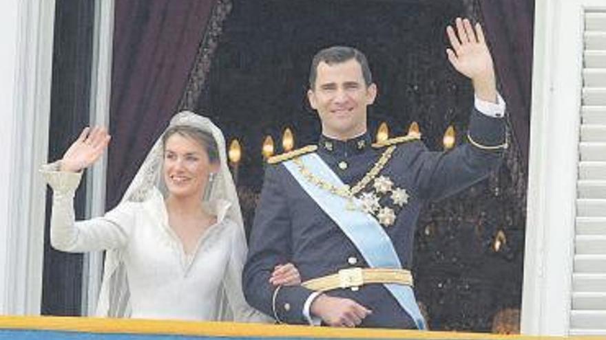 Un amigo de Juan Carlos I pagó la mitad de la luna de miel de los Reyes