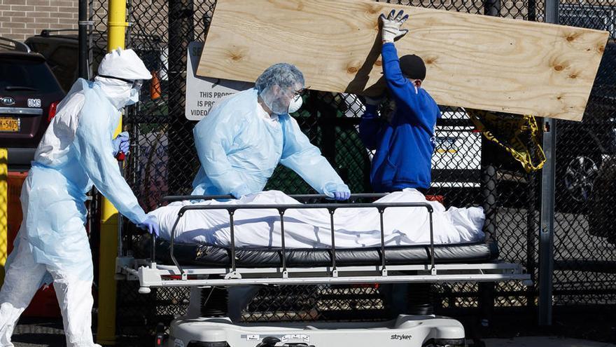 """Nueva York plantea """"entierros temporales"""" en parques"""
