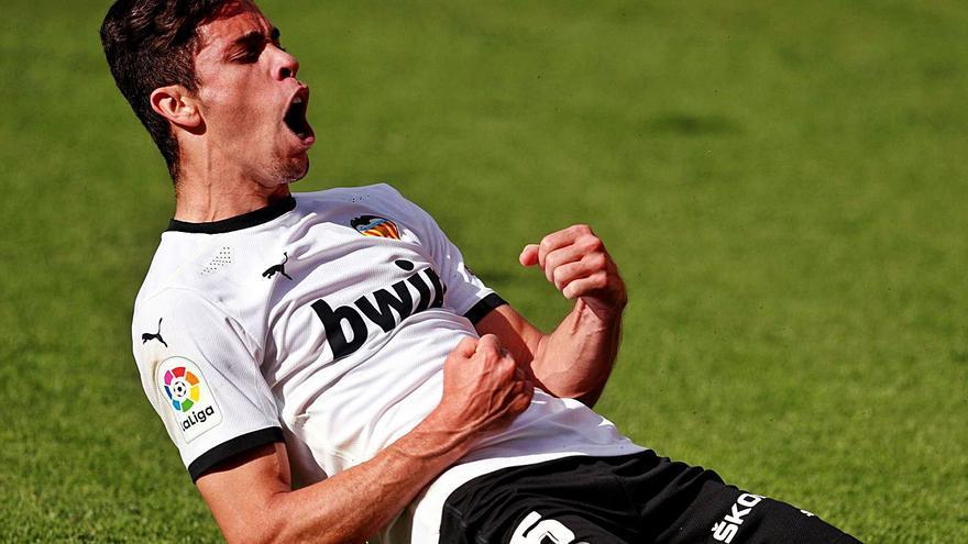 El Valencia neutraliza dos goles de la Real Sociedad