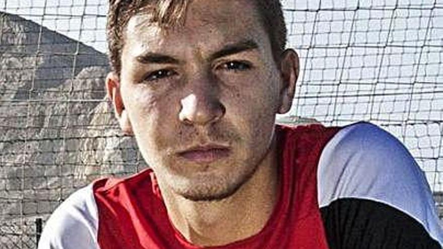 Pedro Inglés, experiencia en defensa para el Real Oviedo Vetusta
